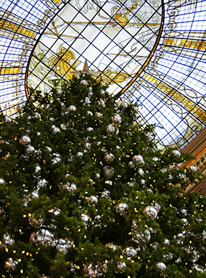 San Francisco Neiman Marcus Tree