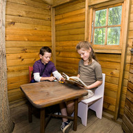 Cabin Lese
