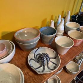 mixed pots shelf.jpg