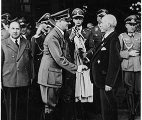 מה בין מחנות לעובדי כפייה של הנאצים במלחמת העולם השנייה לפרשת הצוללות של ביבי