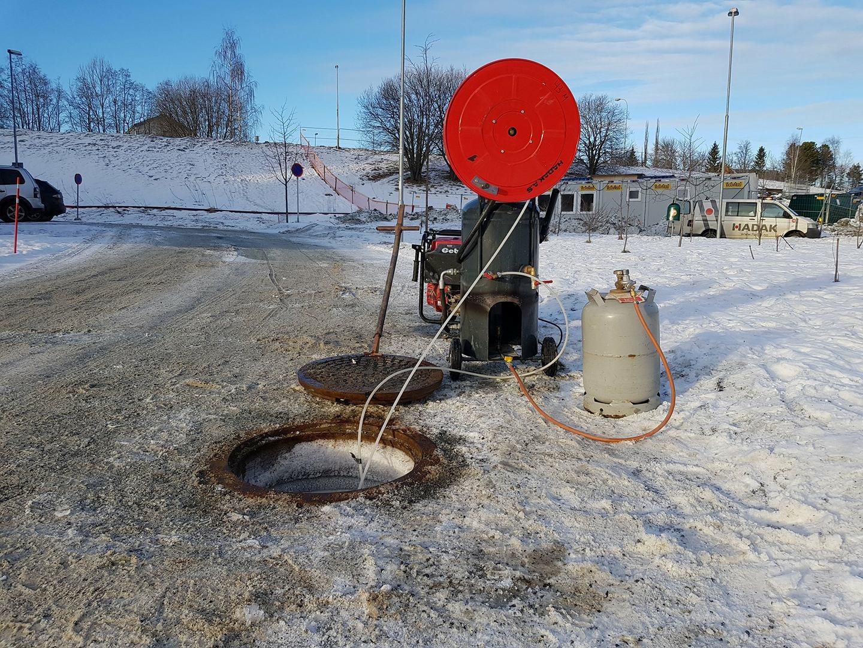 Tining av vannledning