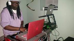 DJ INFINITI