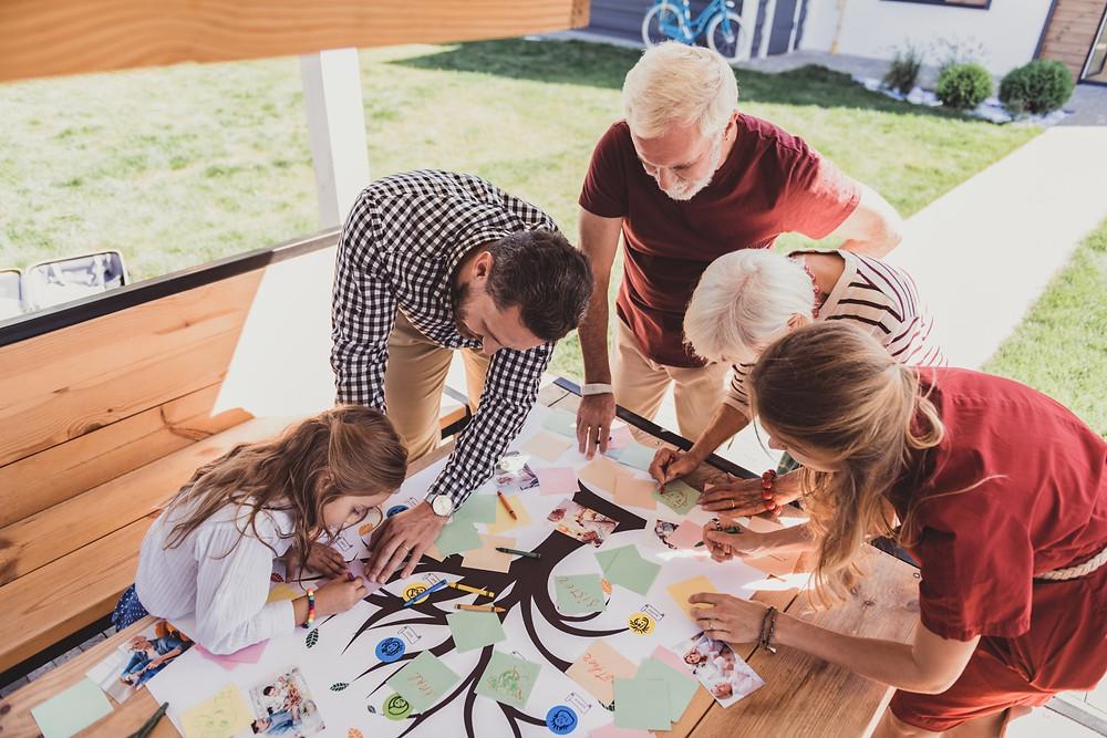 Création de l'arbre généalogique en famille