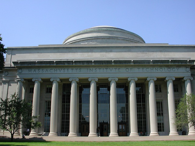 MIT Killian Court Building 10 Cambridge MA Massachusetts Institute of Technology