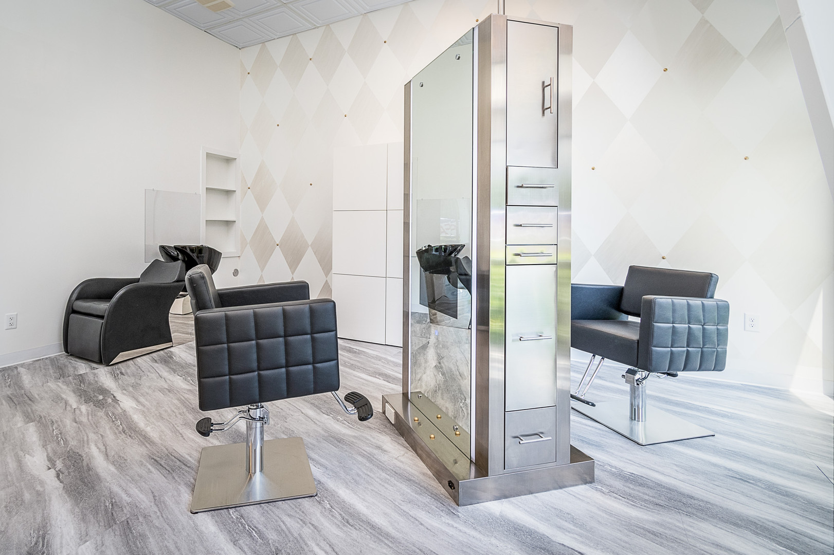 LYST Hair Salon Suite