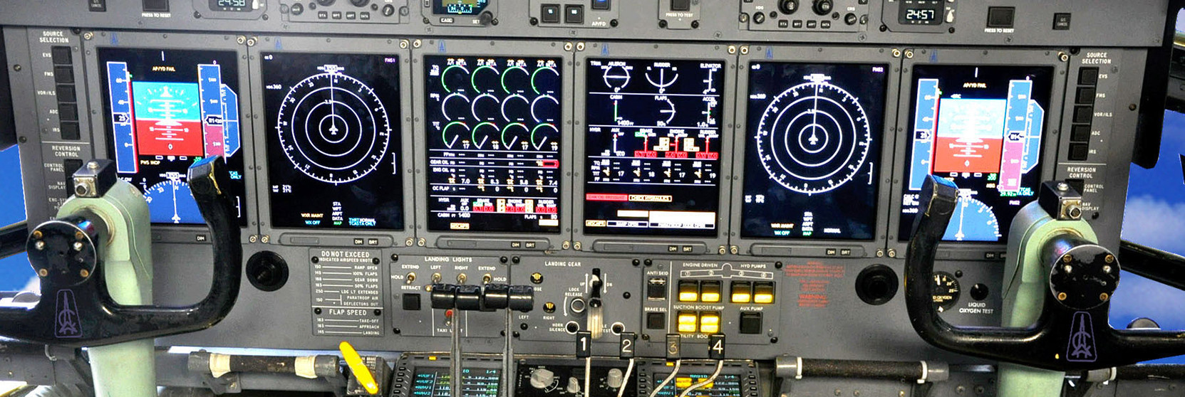 Astronautics C-130 Cockpit_3