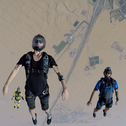 Tracking with friends in Dubai