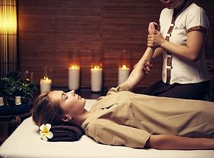 Traditsionnyj-tajskij-massazh-osobennost