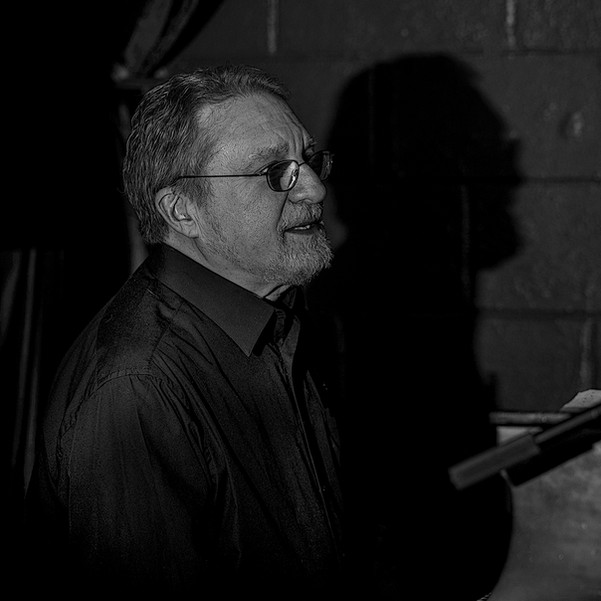 20171122-BarryB (5 of 10)flashBWwebNocre