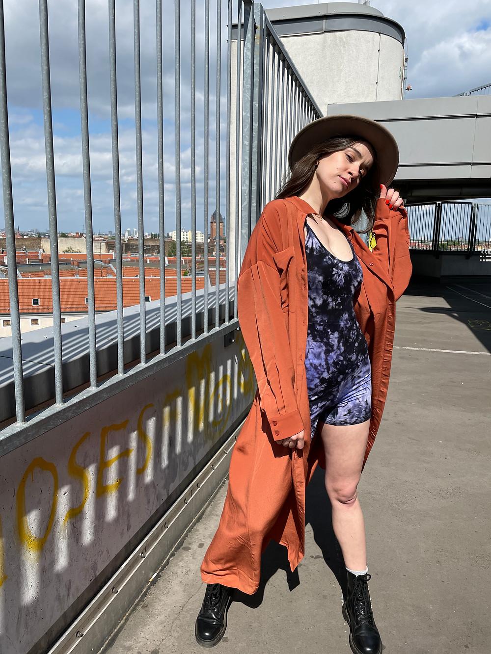 Tinalicious Freizeit Outfit - Tie Dye Catsuit