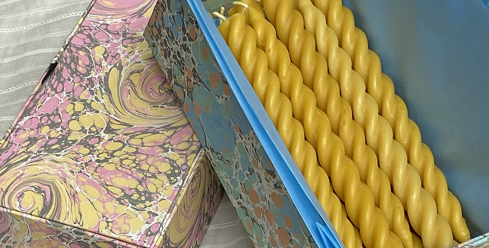 Marbled Box of 18 Beeswax Candles