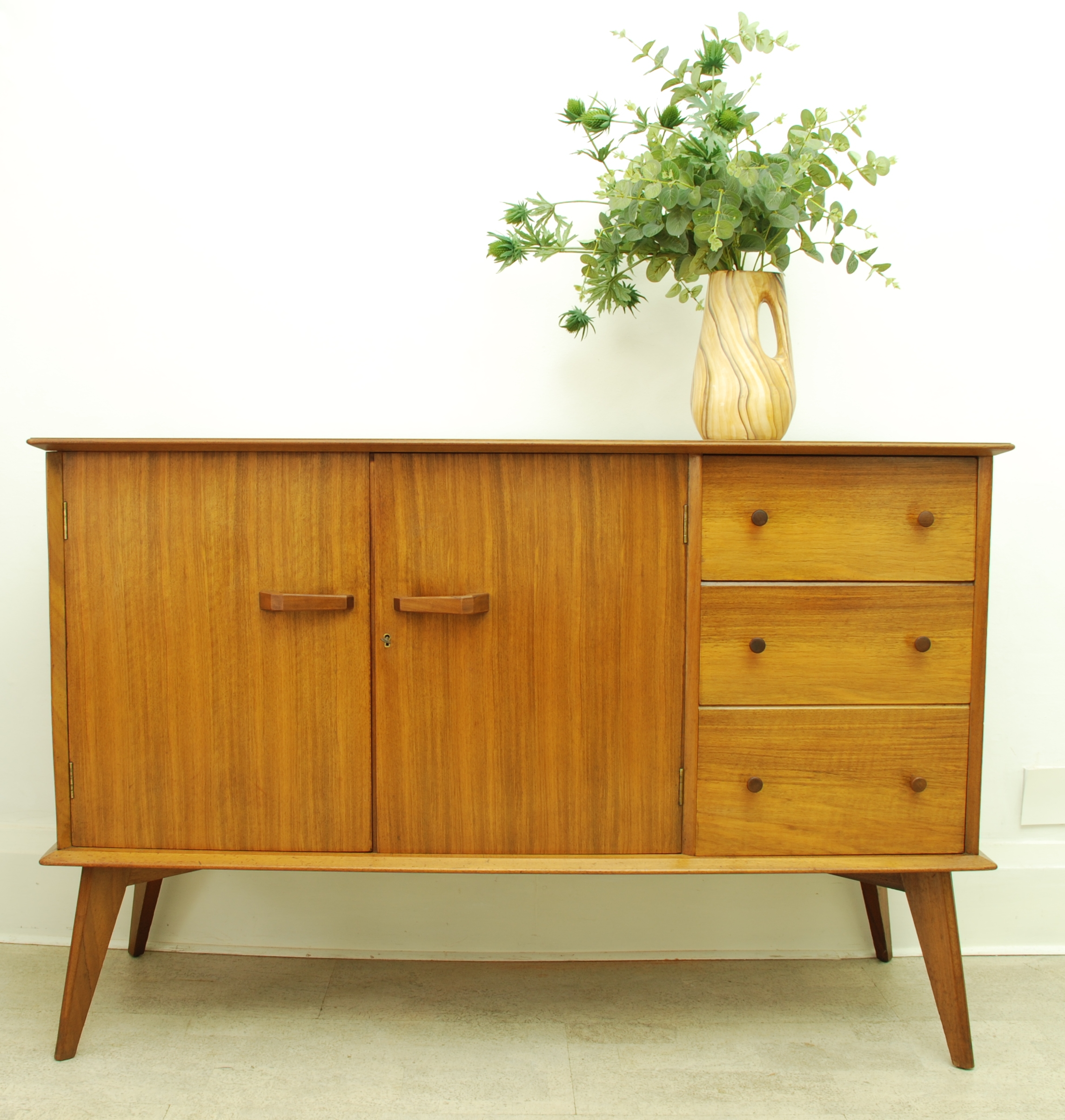 sideboard 3 drawers 2 doors (2)