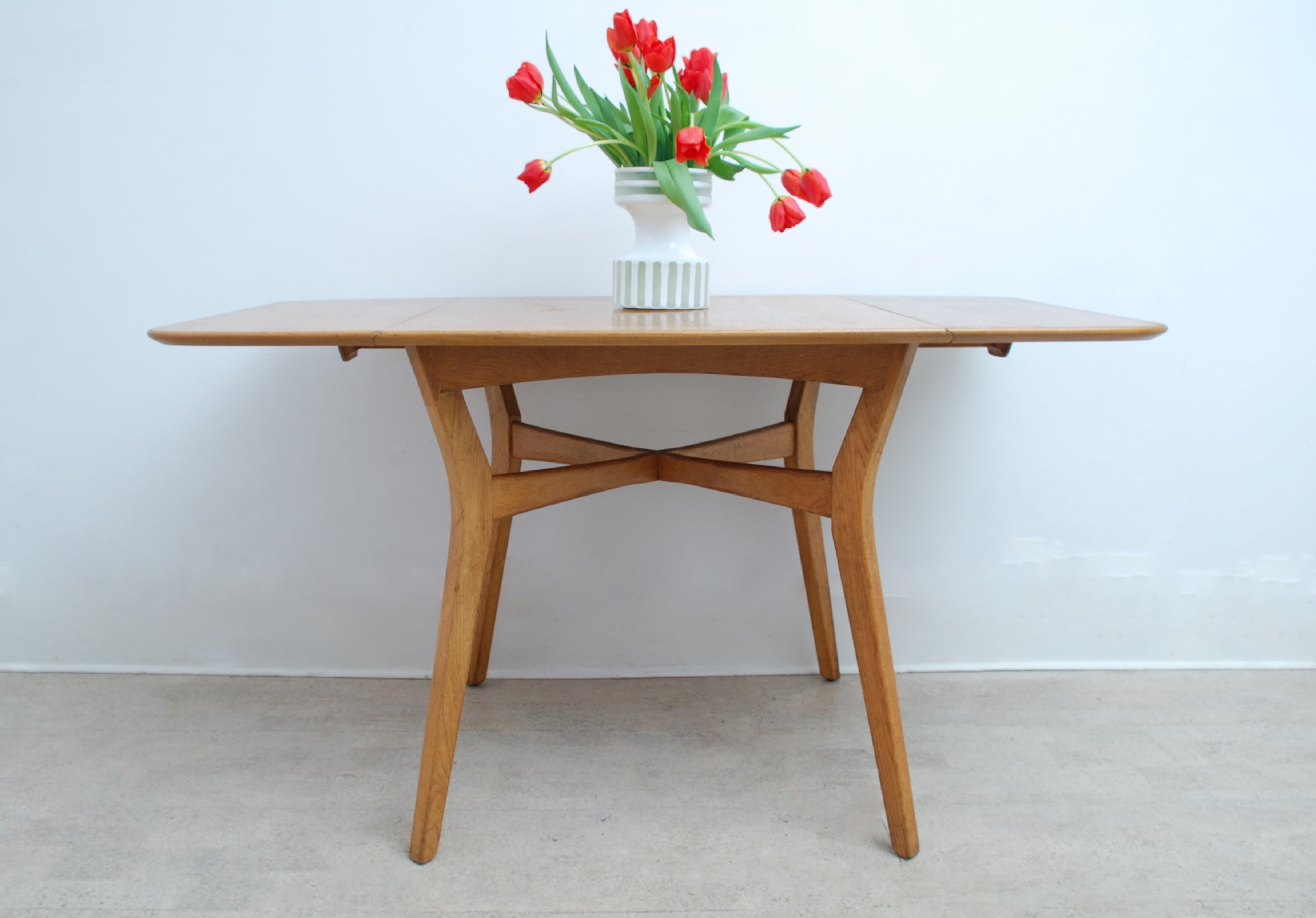 G Plan Drop Leaf Dining Table (5)