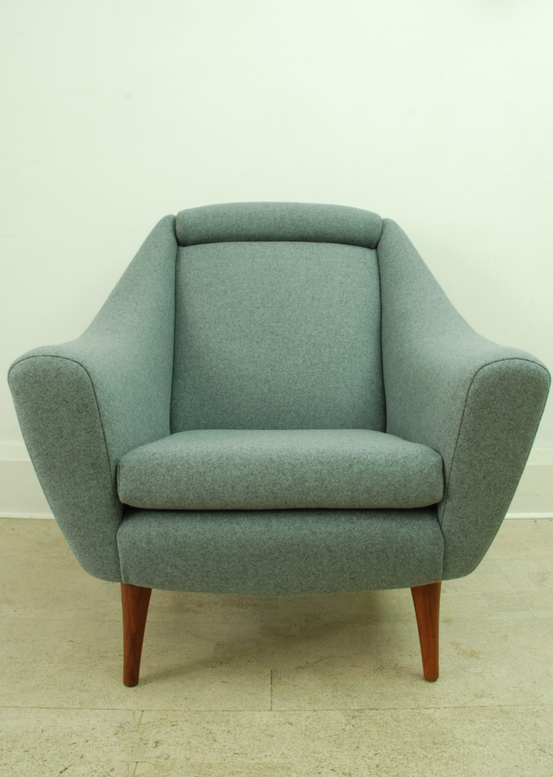GREAVES & THOMAS ARMCHAIR