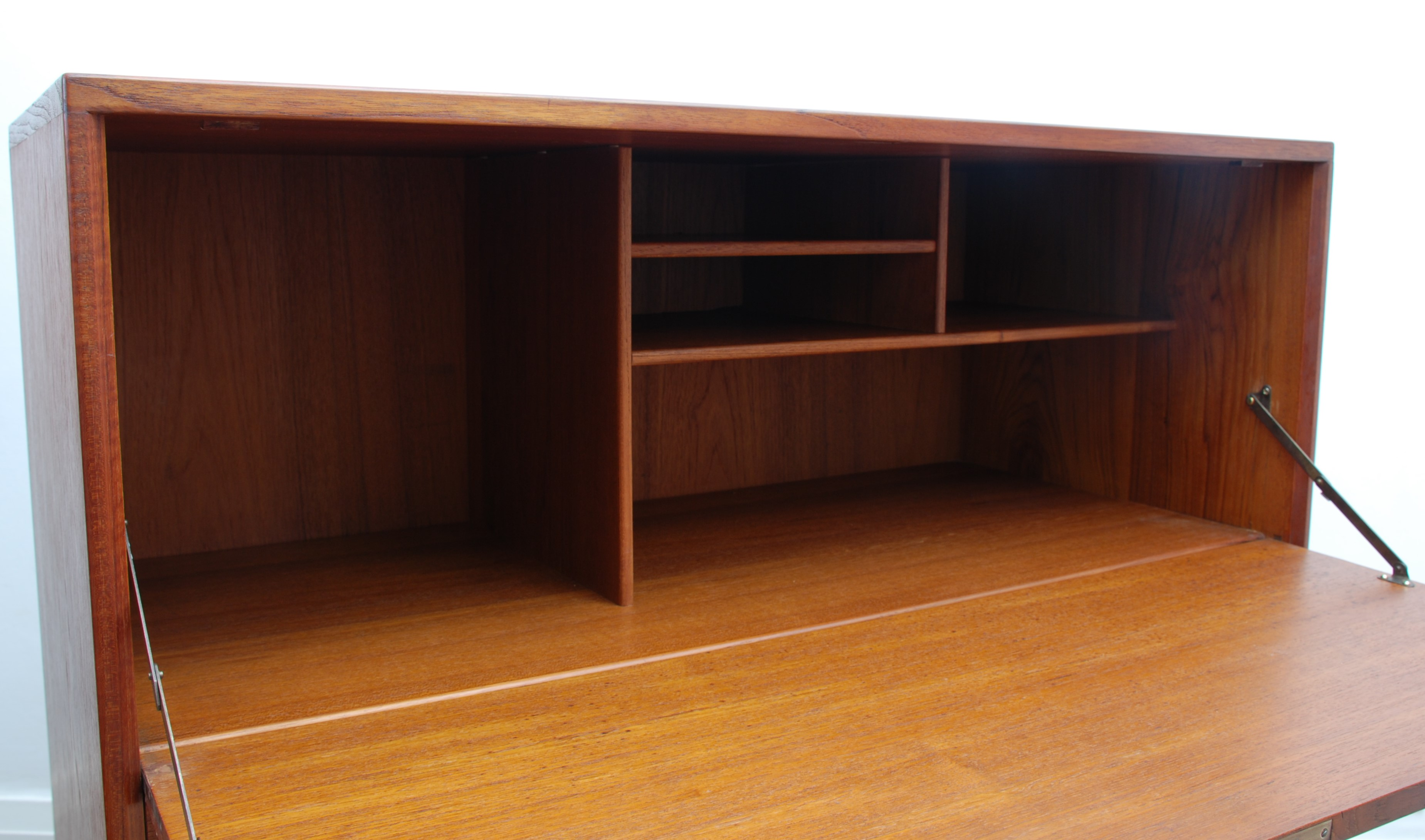 Drop down Door and Drawers Cabinet