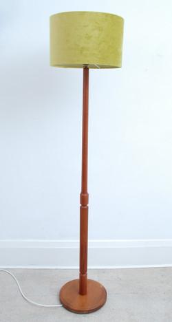 MID CENTURY TEAK FLOOR LAMP
