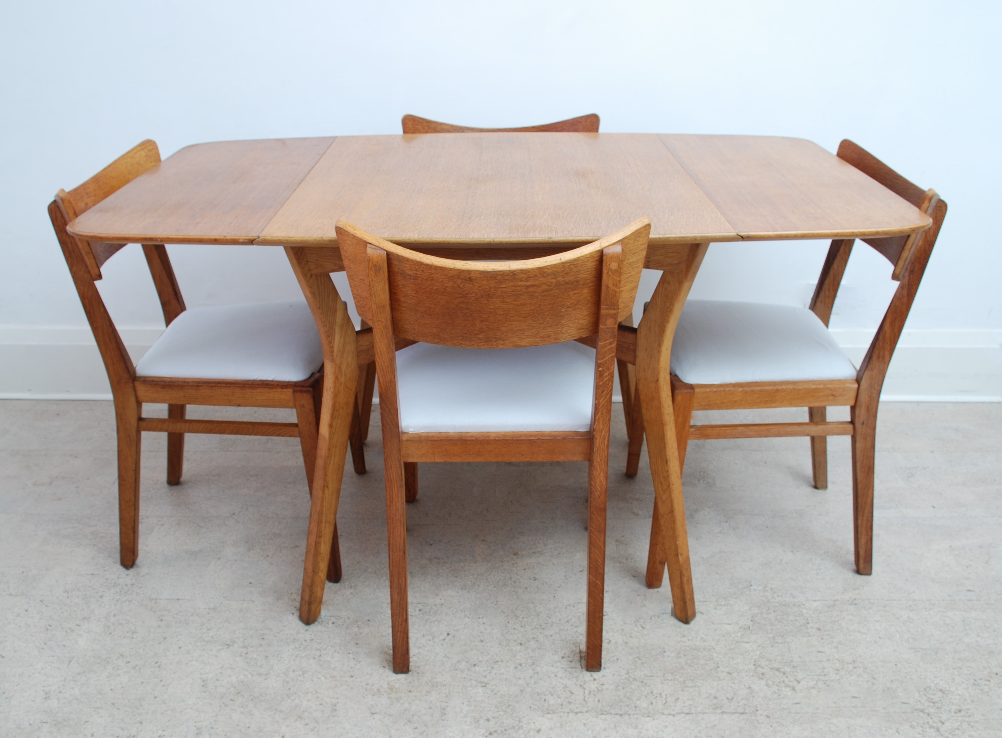 G Plan Drop Leaf Dining Table (11)