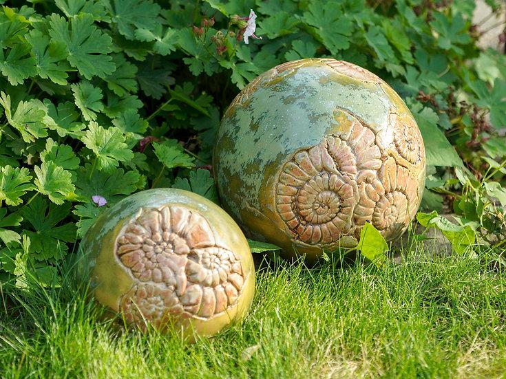 Gartenkugeln  in mint