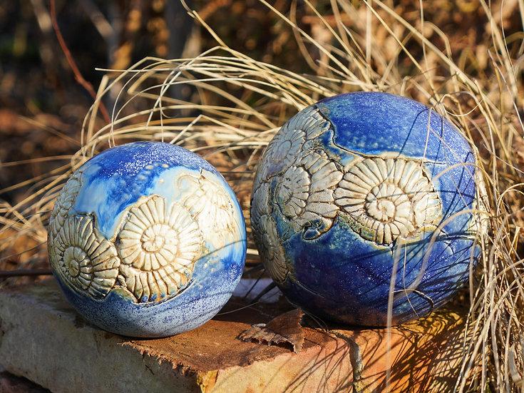 Ammoniten Gartenkugeln  'Wolke' im Set