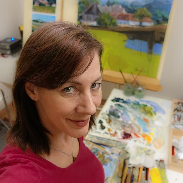Silvia Pollak-Parzer im Maleratelier  .j