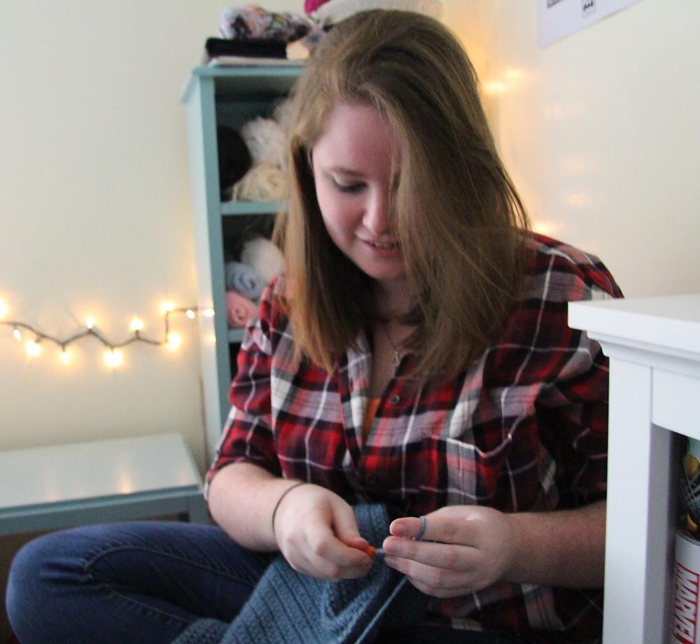 Kate MacPherson crocheting in her studio