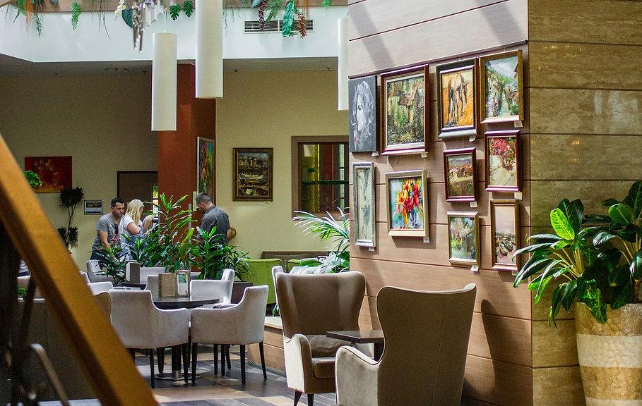 Art Union Művészeti Galéria - Zsűrizett festmények és vászonképek a Legjobb Áron! Kiváló lakberendezési és ajándék ötlet férfiaknak és nőknek.