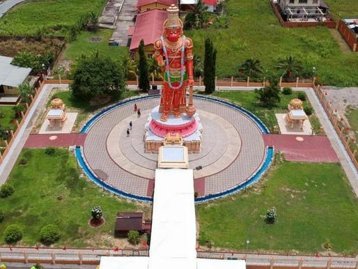 Pradakshina at the 85 Ft Karya Siddhi Hanuman.
