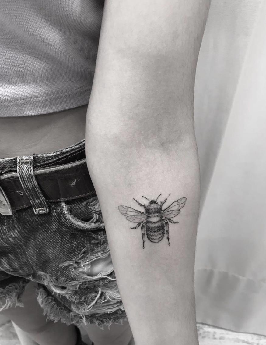 Tatuaje Abeja