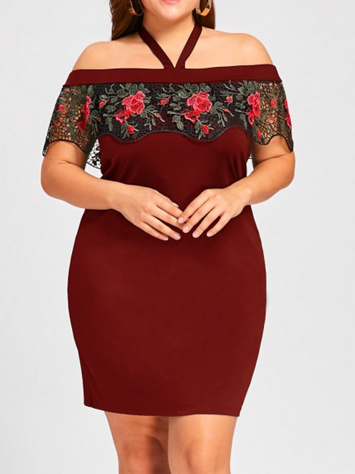 Plus Size Halter Neck Lace Capelet Dress - Red