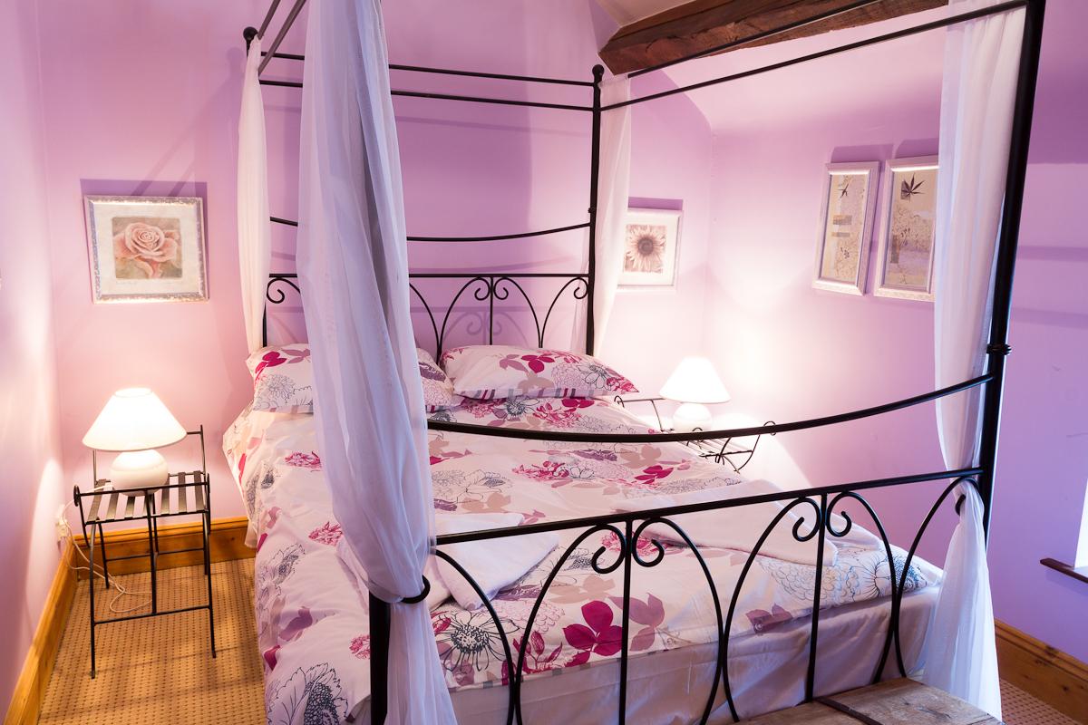 01 usk bedroom