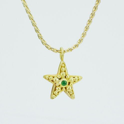 Starfish Pendant With Emerald