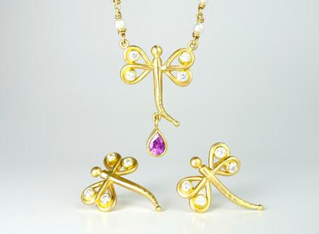 Jewelry Materials: 18K Gold