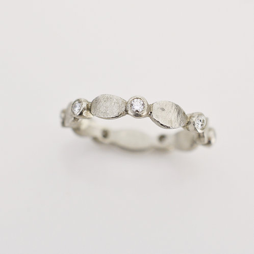 Platinum Diamond Ring with Ovals