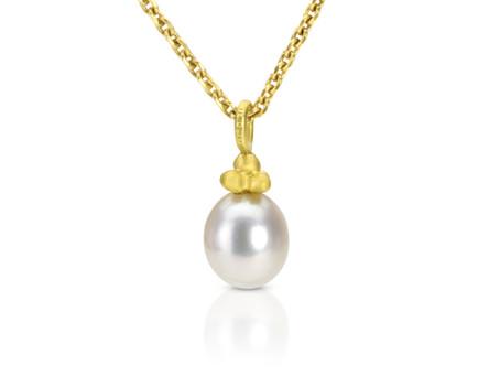 June's Birthstone: Pearls