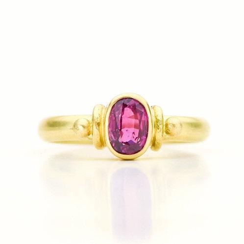 Ruby Ring in 18K Gold
