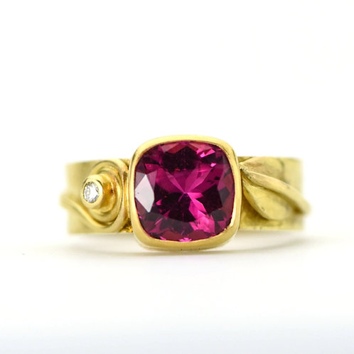 Leaf and Spiral Tourmaline Ring