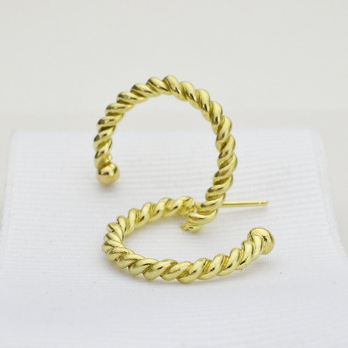 Classic Twist Hoops Medium