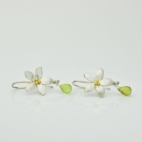 Flower Earrings With Peridot
