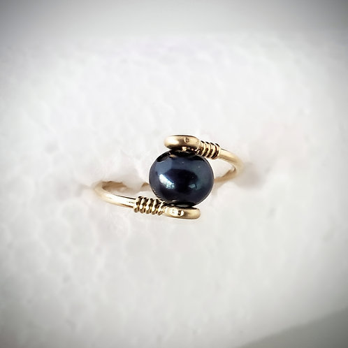 Deep blue peacock freshwater pearl and wire ring, silver gold or rose gold