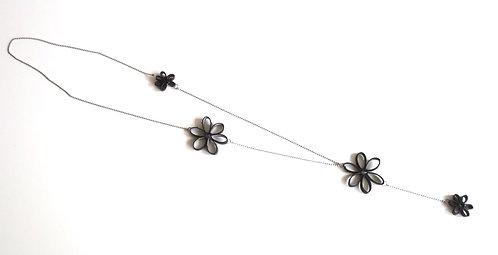 Sautoir fleurs