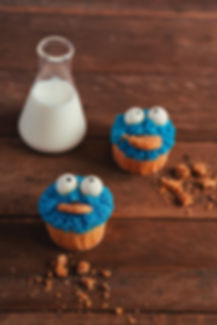Chuka Cookie Monster Cupcake