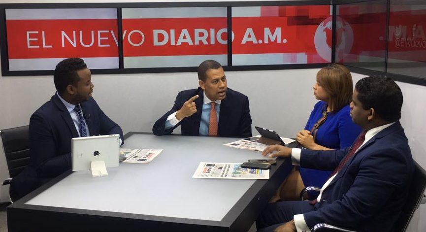 Guido Gómez Mazara reta a Miguel Vargas a convención con padrón abierto