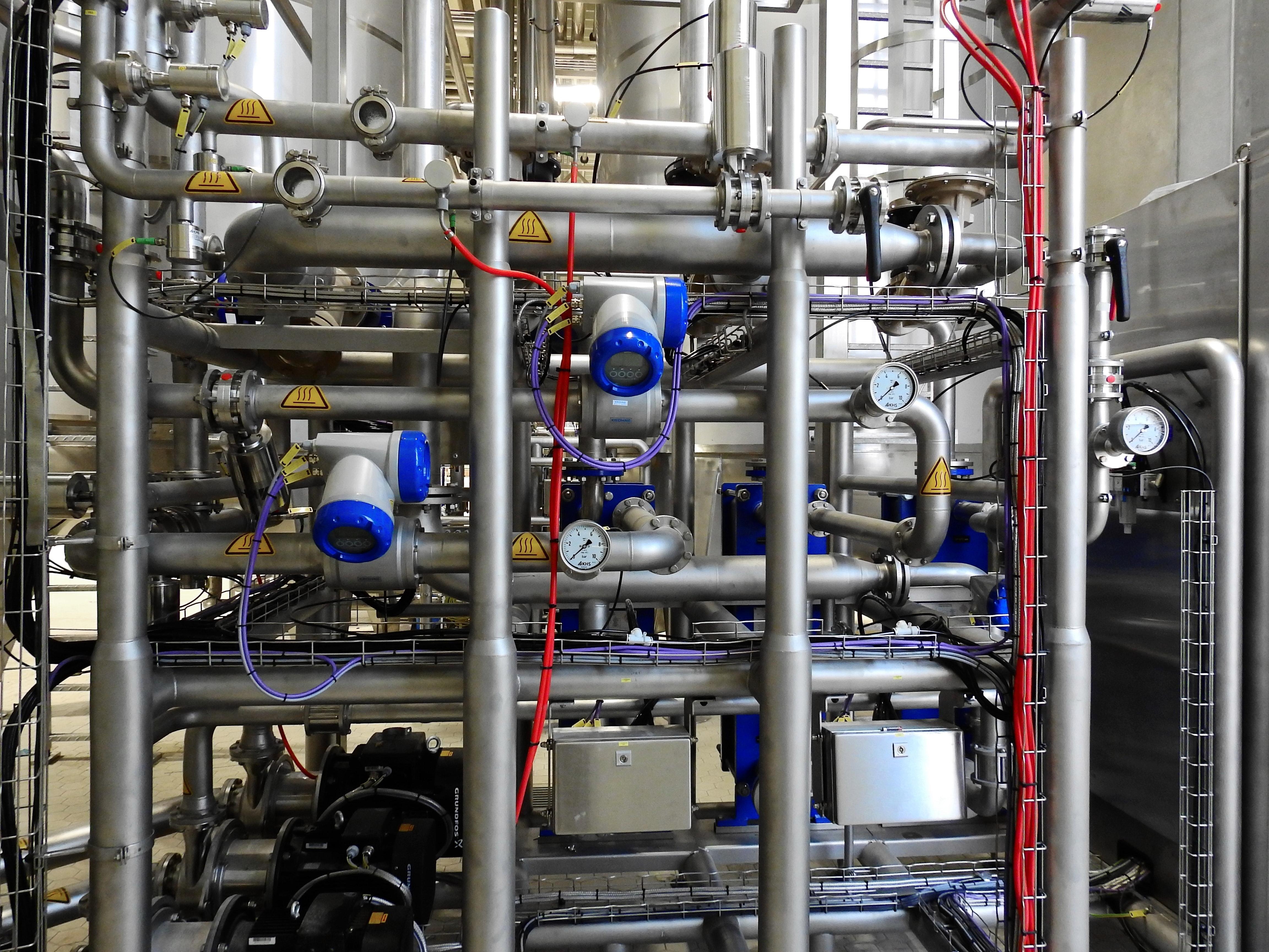 equipment-factory-industrial-371938