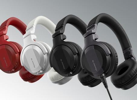 Start your DJ journey with HDJ-CUE1 headphones!