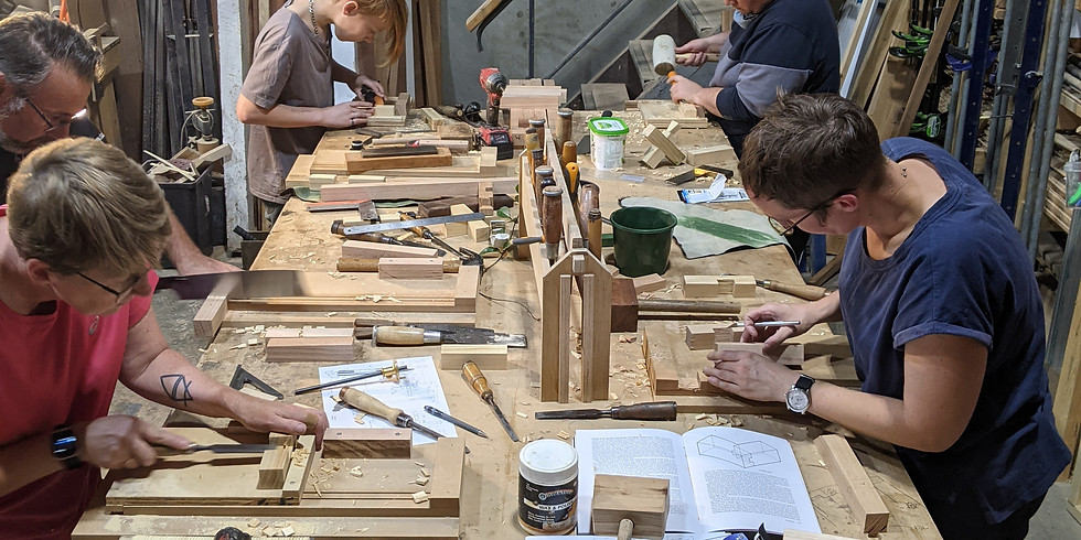 The Woodworking Handtools Course: Japanese Joinery Plant Stand