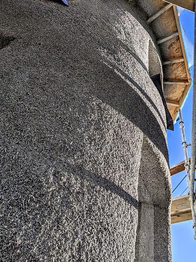 curved hempcrete wall