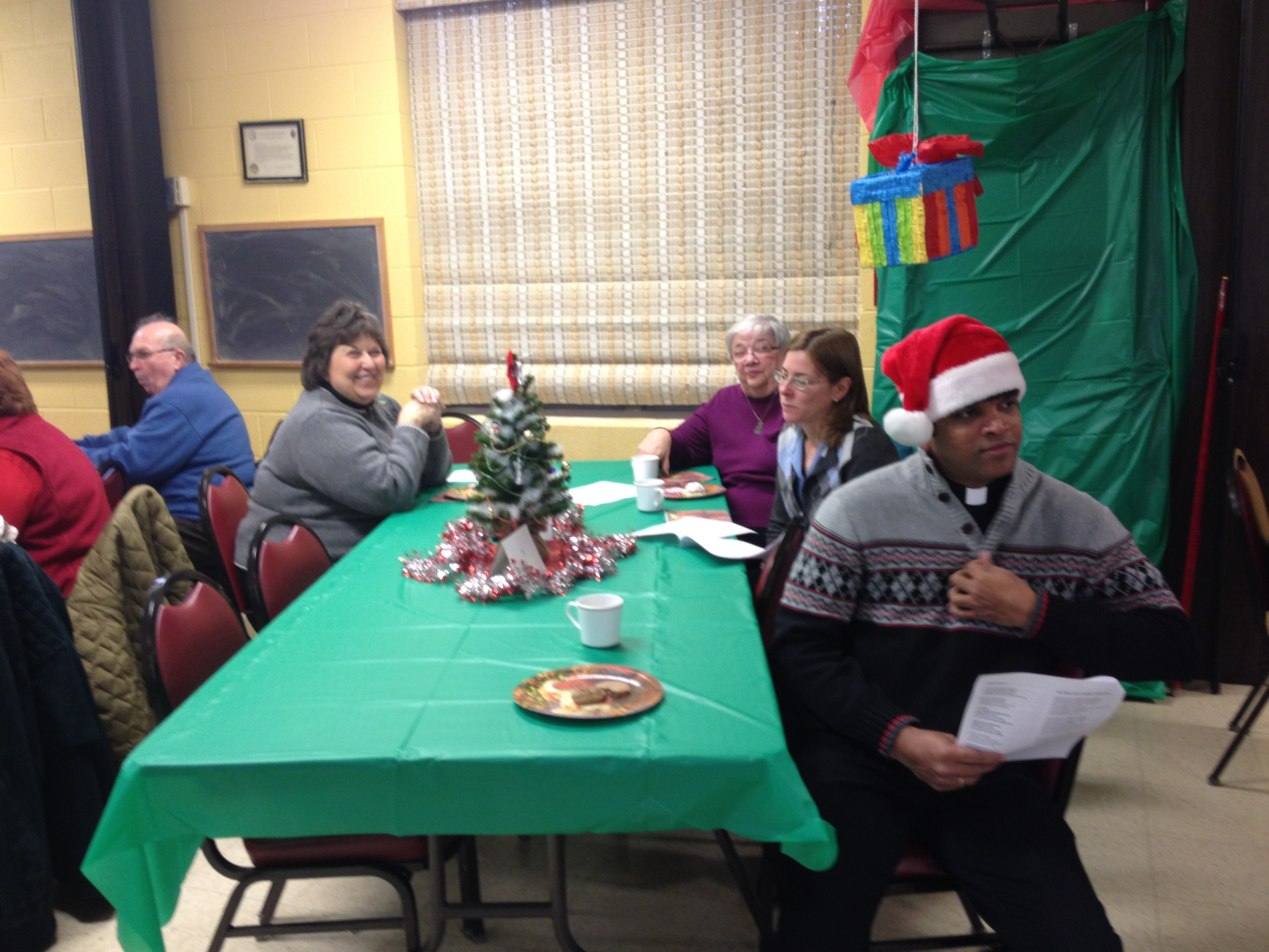OLG Christmas Party 2014 (23).JPG