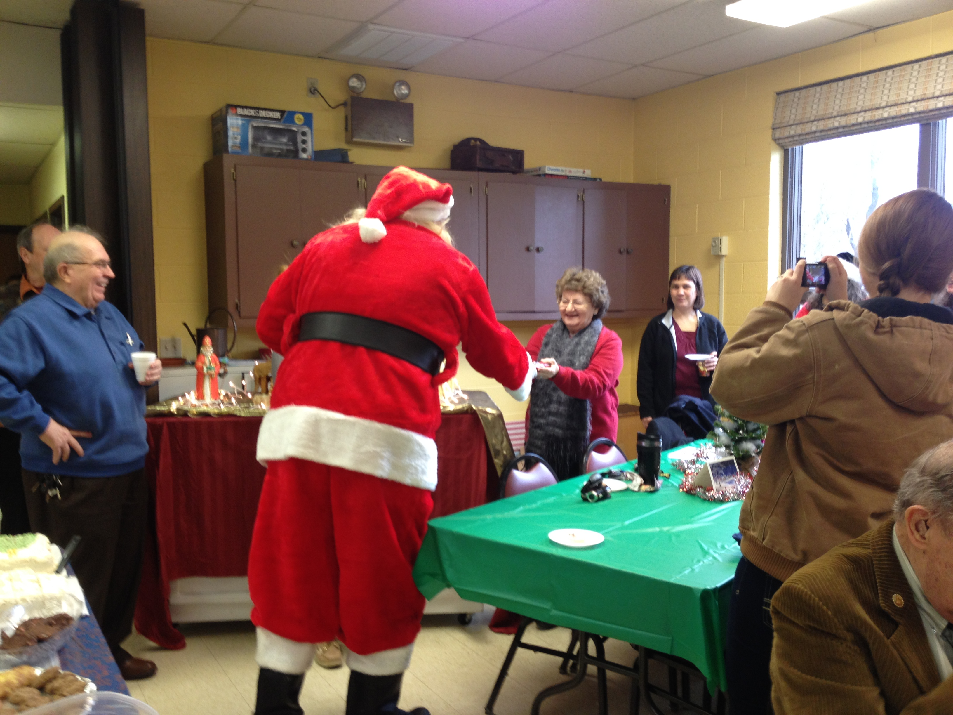OLG Christmas Party 2014 (27).JPG