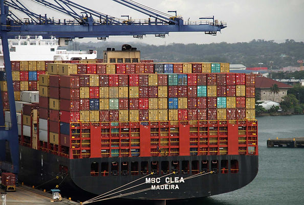 containers-4057157_1920.jpg