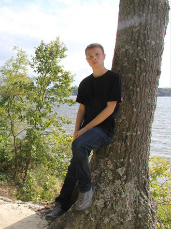Tristen 5'7 Age 17 (New Face)